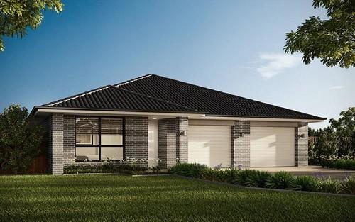 6 Lockwood Av, Greenacre NSW 2190