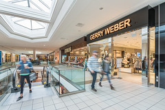 Gerry Weber (Michael Muraz Photography) Tags: 2015 canada newmarket northamerica on ontario oxfordproperties toronto uppercanadamall world architecture commercial interior interiordesign mall shop store ca