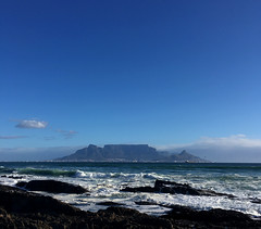 My favourite view (rjmiller1807) Tags: iphone iphonography iphonese tablemountain capetown blouberg bloubergstrand blaauwberg mountain sea ocean waves froth 2017