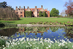 Ingatestone Hall (jpotto) Tags: uk essex ingatestonehall house architecture building structure historichouse reflection garden pond water