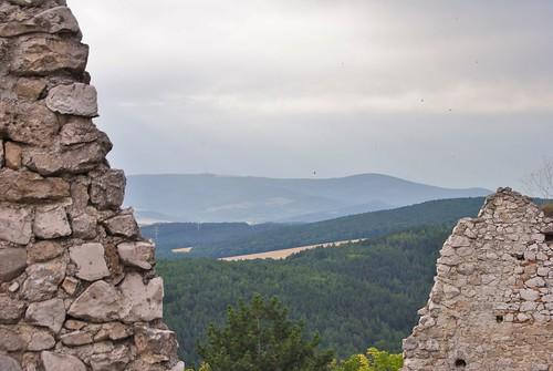 čachtický hrad33