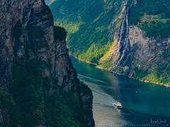 The Seven Sisters Waterfall in Geiranger (Aziz Nasuti) Tags: norway geiranger ferie boat geirangerfjord amazing norwegian reflection møllsbygda møreogromsdal no