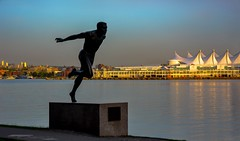 Harry Jerome -  1968 Summer Olympics (Christie : Colour & Light Collection) Tags: bronze statue runningman fieldrunner canada canadian canadianmedalist summerolympics 100meter track stanleypark race 1960 1964 1968 olympics canadiantrack athlete sports runner bc britishcolumbia stanley parkstanley park seawall oceanview harryjerome silhouette sunset bluehour outdoors medalist summer 1968summerolympics sport run contrastinglighting trackandfield