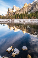 Yosemite NP Snow! Fine Art Yosemite National Park Winter Snow Landscape Photography! Valley View Merced River! Sony A7R II Mirrorless & Carl Zeiss Vario-Tessar T* FE 16-35mm f/4 ZA OSS Lens SEL1635Z! Scenic Yosemite California Winter! (45SURF Hero's Odyssey Mythology Landscapes & Godde) Tags: yosemite np snow fine art national park winter landscape photography valley view merced river sony a7r ii mirrorless carl zeiss variotessar t fe 1635mm f4 za oss lens sel1635z scenic california