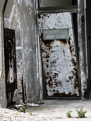 Abandoned Building - Orford Ness (davepickettphotographer) Tags: orfordness suffolk uk woodbridge eastern east anglia nationaltrust wwwnationaltrustorguk shingle beach orford atomicweaponsresearchestablishment abandoned awre coldwar