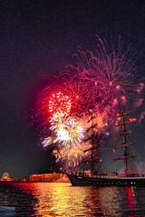P1030953 (chromaticographie) Tags: fireworks feuerwerk wadj wochenendeanderjade nordsee wilhelmshaven hafenfest hafen harbour nordseeliebe fotofrauen niedersachsen germany