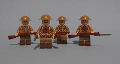 WW1 British soldiers form a trench patrol. (KPFR5Q2XZXQW774THJOIGWTBCI) Tags: lego ww1 tommy greatwar soldier smle trench british patrol