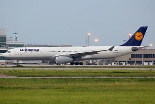 Lufthansa A330-300 at Cleveland