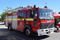 Lincolnshire - R136KGH (matthewleggott) Tags: lincolnshire fire rescue service engine appliance hq nettleham r136kgh lfb london volvo saxon