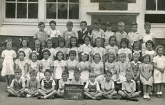 Williamstown Primary School - 1951 - 1/2 (DAB Australia) Tags: williamstown primary school class photo photograph photography professional group 1951 12 melbourne victoria australia au