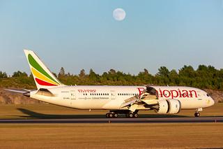 ET-ATL Boeing 787-8 Dreamliner Ethiopian Airlines