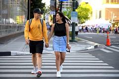 Lovers (joelCgarcia) Tags: lovers couple bonifaciohighstreet bgc taguig d610 2470mmf28g streetphotography denise chris pedestriancrossing pedxing