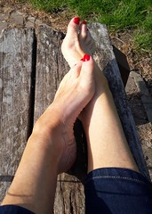 Sun (newport50) Tags: rednails sexyfeet sexy barefoot outdoors srched erotic foot fetish pretty