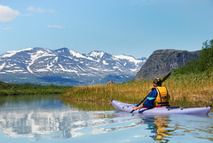 Paddling at the gates of Sarek (remastered photo) (talaakso) Tags: beautyofswedenrecreation holiday holidayinsweden holidayparadise holidayrecreation lapponia mountains nammasj nordiclandscape northernsweden pohjoisruotsi rapadale rapadalen rapaätnö ruotsi sarek summerparadise sweden swedishlandscape terolaakso waterreflection beautifulreflection erämaa holidayphoto jokimaisema kajakki kayak kayaker kayaking loma lomailla lomailu lomakuva matkailu meloja melonta paddler paddling reflection refresh riverlandscape talaakso travelsweden tunturimaisema tunturit viskistäytyä wilderness norrbottenslän se
