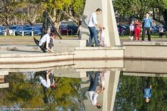 Parque Marinha do Brasil - Reflexo (Ivan Roberto Becher Machado) Tags: reflexo parquemarinhadobrasil família passeio sol