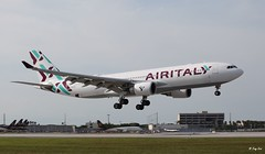 Airbus A330-200 (EI-GFX) Air Italy (Mountvic Holsteins) Tags: airbus a330200 eigfx air italy mia miami international airport