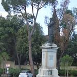 Piazzale Galileo - Viale Machiavelli, Florence - statue of Daniele Manin thumbnail