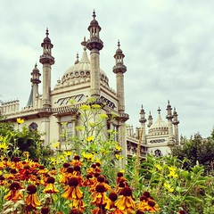 Royal Pavilion (Jason Khoo Photography) Tags: design buildings building travelphotography ngc travel landmark pavilionbrighton brightonpavilion england uk iphone365 iphoneshotz iphoneshots iphone6 iphone unlimitedphotos flickr pics photography photo amateurphotography historicalbuilding color colour dov pov view sussex eastsussex royalpaviliongardens architecture brighton pavilion garden palace royalpavilion