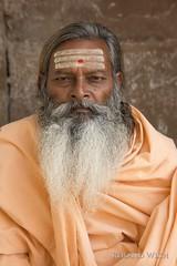 Varanasi (Rolandito.) Tags: asia india inde indien varanasi benares uttar pradesh saddhu portrait