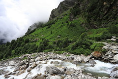 mountain stream | Valley of Flowers (arnabchat) Tags: india uttarakhand himalayas ghangaria hills monsoon july2018 2018 arnabchat canon canon6dmkii 1740f4l landscape sky clouds trek trekking valleyofflowers valleyofflowersnationalpark natural unescoworldheritage nandadevibiosphere