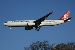 TC-JNL (IndiaEcho Photography) Tags: tcjnl turkish airlines airbus a330 london heathrow egll lhr airport aerodrome airfield lon civil aircraft aeroplane aviation airliner hounslow middlesex greater urban farm canon eos 1000d england landing sky