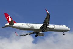 TC-JTE | Turkish Airlines | Airbus A321-231(WL) | CN 6869 | Built 2015 | LIS/LPPT 03/05/2018 (Mick Planespotter) Tags: aircraft airport 2018 a321 portela lisbon tcjte turkish airlines airbus a321231wl 6869 2015 lis lppt 03052018 flight nik sharpenerpro3 humbertodelgado