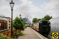 _MG_0057-4 (Sprocket Photography) Tags: eor eppingongarrailway epping essex northweald blakehall ongar branchline heritage railway busroute londonbuscompany camra realale festival carriage train signalbox platform steam lamppost bench