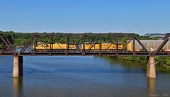 "Westbound Auto Train in Kansas City, KS (""Righteous"" Grant G.) Tags: up union pacific cnw chicago northwestern railway railroad locomotive ge power river confluence bridge west westbound transfer"