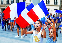 Allez Les Bleus (kirstiecat) Tags: allezlesbleus championsdumonde worldcup paris france celebration kids children flags frenchflags french francais victory winning win soccer football family world international sports europe