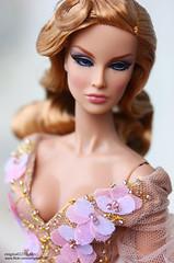 Always On Her Mind Dania (enigma02211) Tags: alwaysonherminddania integritytoys fashionroyalty dollphotography fashiondoll 16scale fr i