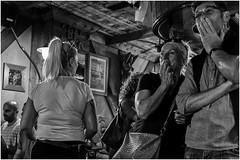 Teneriffa 2018 0312 (fotohama) Tags: tenerife lanoche de los volcanes teneriffa nacht der vulkane puerto cruz santa folklore kanaren canarien hamacher gangelt bw bbw fine art reisen travel schwarz weis nikon x100f fuji personen menschenmenge sport meer sea zeit time tilt shift strasenbilder haare verschwommen baum gedanken erinnerungen photo streetframes hair blurred memories sw foto fotografie street analog photography santelmo ziegen cruzdelcarmen