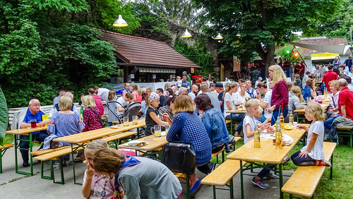 "Sommernachtsfest2018 • <a style=""font-size:0.8em;"" href=""http://www.flickr.com/photos/134942791@N06/43241352991/"" target=""_blank"">View on Flickr</a>"