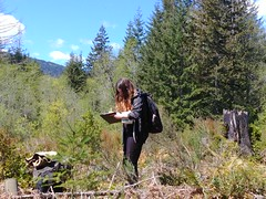 Taking notes (BC Wildlife Federation's WEP) Tags: nanaimo wetlandkeepers bcwf elkewind amphibians buttertubs marsh education wetland wep