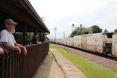 Watching from the Shelter (kschmidt626) Tags: union pacific train illinois rochelle park railroad graffiti bnsf burlington diamond