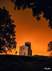 Chapelle Saint-Vincent sous les étoiles (oxybis_photos) Tags: nightscape longexposure monument ombres night alone seul solitaire