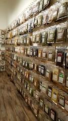 + 300 Erbe Officinali provenienti da tutto il Mondo (La Bottega Della Salute) Tags: erbe officinali infusi tisane tè spezie erboristeria
