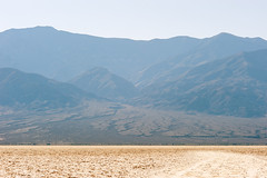 Death Valley (AdrienG.) Tags: death valley vallee mort badwater bassin mesquite flat sand dunes desert sec voie lactee milkyway nevada californie california usa etats unis ameriques united states america アメリカ合衆国 nikon ニコン d700 nikkor 135 f2 afd dc