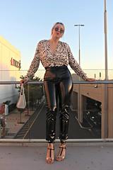 Nina Vasiljevic in vinyl pants (Vinyl Beauties) Tags: nina vasiljevic vinyl pvc plastic pants fashion trend sexy beauty style hm celebrities lack lackhose mode plastik