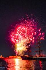 P1030949 (chromaticographie) Tags: hafen harbour wilhelmshaven nordsee northsea nordseeliebe fireworks feuerwerk wochenendeanderjade wadj niedersachsen germany hafenfest segelschiff mercedes