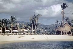 Tahitian Lanai Waikikian 1950s (Kamaaina56) Tags: 1950s waikiki hawaii slide beach waikikian hawaiianvillage restaurant
