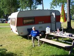 Frukost på Berkinge camping (tompa2) Tags: berkinge camping tommy uppland husvagn