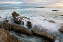 Incoming Tide, Windansea, La Jolla, San Diego, CA (Photos By Clark) Tags: california cities subjects location beachshots canon2470 unitedstates northamerica sandiego canon5div locale places where us pacific rocks water tide sunset blue green flow cliffs surf surfers wave crest lightroom thesandiegoist