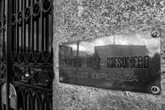 Esperanza (199/365) (Walimai.photo) Tags: street salamanca spain españa lumix lx5 panasonic black white blanco negro byn branco preto blanc noir