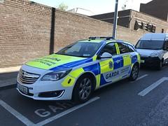 Irish Police Car - An Garda Siochana - Opel Estate - Roads Policing Unit - Henry Street, Limerick City, Ireland. (firehouse.ie) Tags: polizeiauto polizei polizeiwagen politie politi polis policja policia lawenforcement theguards angardasiochana ags guards gardai coches coche cars cara car cop police opel garda