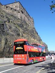 Lothian 221 on Johnston Terrace, Edinburgh. (calderwoodroy) Tags: castle castlerock edinburghcastle eclipsegemini3 wrightbus b5tl volvo sj16csf 221 lothianbuses citytour edinburghbustours citysightseeing sightseeingtour opentopbus bustour doubledecker bus johnstonterrace oldtown edinburgh scotland