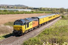67027 at Lower Moor (1Z23) 19.04.2018 (Wolfie2man) Tags: sunshine skip 67023 67027 lowermoor testtrain colasrailfreight colas class67