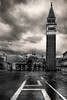 Piazza San Marco, Venezia (Air'L) Tags: venise italie noiretblanc blackandwhite bw nb sanmarco place architecture ciel nuage cloud