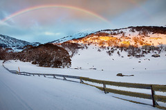 Magical Perisher Valley || SNOWY MOUNTAINS || NSW (rhyspope) Tags: australia aussie nsw new south wales snow snowy mountains perisher sunrise weather rainbow cold winter ice ski snowboard amazing travel rhys pope rhyspope canon 5d mkii fence sky clouds color colour village holiday