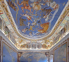 La salle de la Mappemonde (Palais Farnese, Caprarola, Italie) (dalbera) Tags: dalbera escalier caprarola italie palaisfarnese vignola peinturesmurales maniérisme zodiaque
