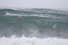 Rio Surf Survive Bombeiros treinando na praia da macumba posto 11 (Angelino Santos) Tags: bombeiros onda grande posto 11 rio de janeiro recreio dos bandeirantes praia da macumba swell bigwave surf surviver ananda nahu